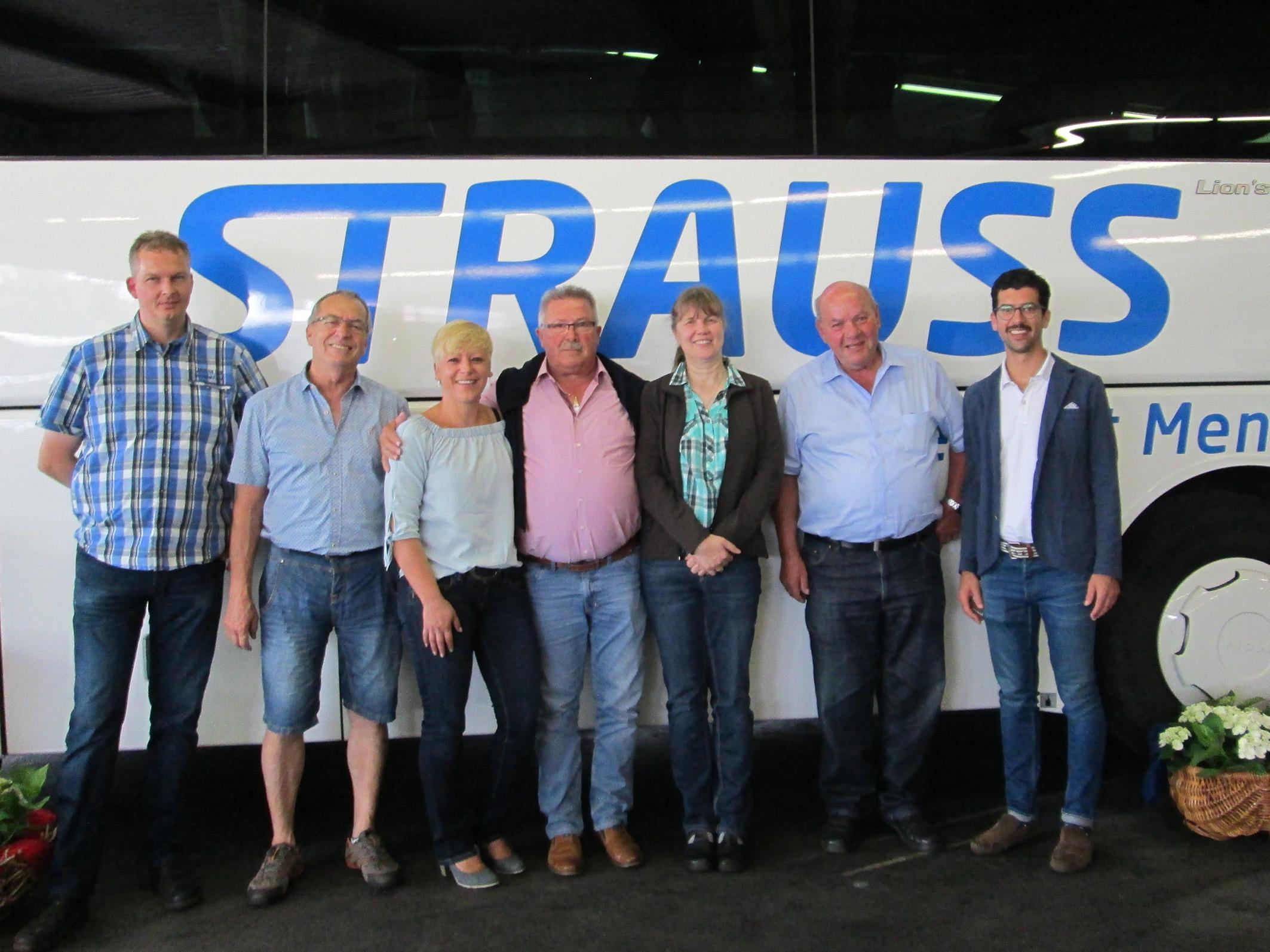 Strauss Reisen ehrt langjährige Mitarbeiter